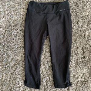Eddie Bauer workout crop leggings